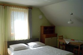 Studio apartment Hribar