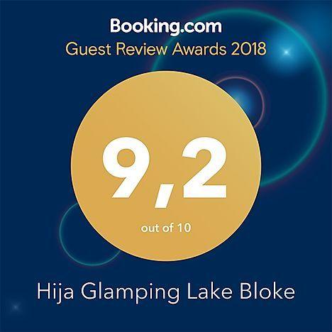 IGlampinb lake Bloke, nastanitve, ocena