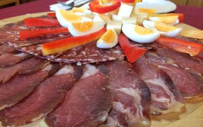 Kulinarična ponudba na turistični kmetiji Pačnik
